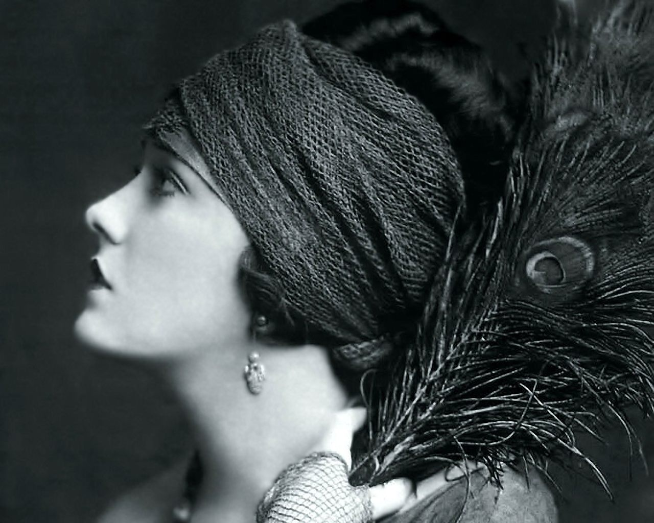 Gloria Swanson 1920s Turban